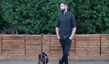 Album Review: Passenger – Young As The Morning Old As The Sea